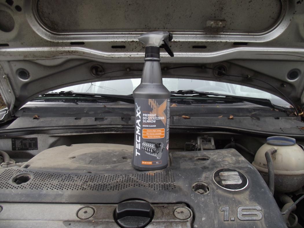 Engine Cleaner - Preparat do czyszczenia silnika